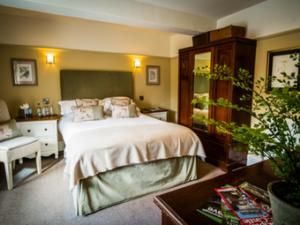 Waddington Arms Bedroom 1